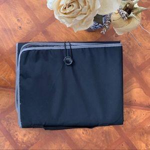 Other - NWOT Travel Organization Bag
